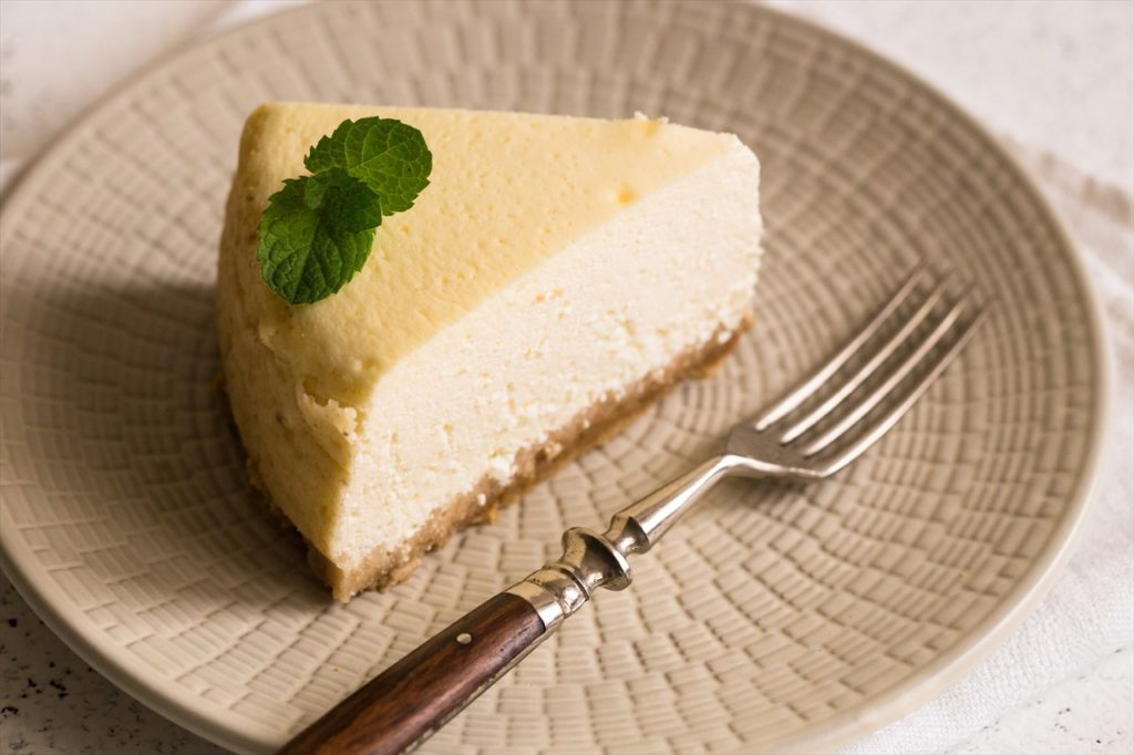 ちょっとお洒落な休日に「生はちみつのレアチーズケーキ」